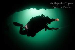 Diver on green, Tulum México by Alejandro Topete